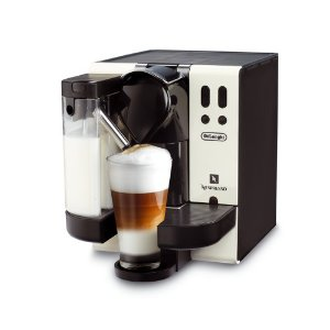 Udlandspriser - Delonghi Nespresso Lattissima F310 CW kun 2.255,01 DKK - Spar 34%